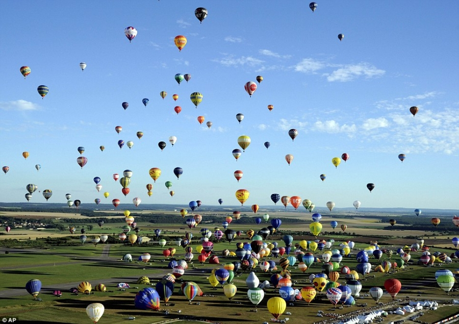 rekord_guinessa-lot_balonem-wycieczka_do_zoo-portal_dla_dzieci-polekcjach-gry_zabawy_dla_dzieci-2.jpg